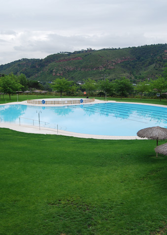 Dissabte s 39 obre la piscina d 39 estiu al centre integral d for Piscina municipal martorell